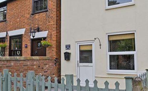 Honeysuckle-Cottage-Beccles-Suffolk